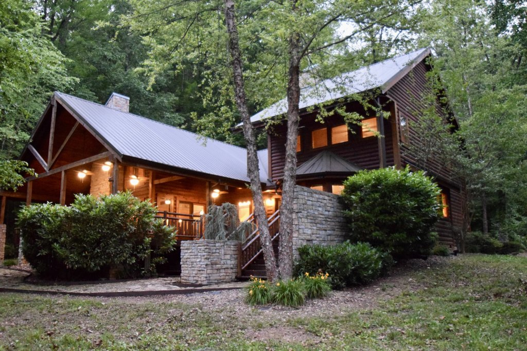 Photo of a Sevierville Cabin named Now And Forever - This is the fiftieth photo in the set.