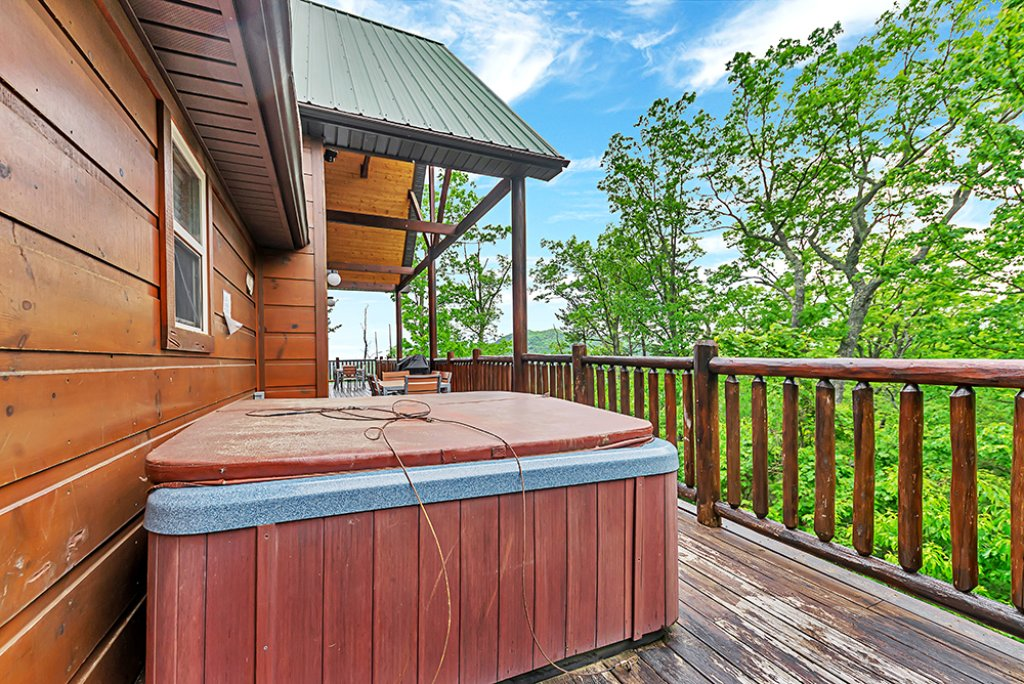 Photo of a Sevierville Cabin named Wilderness Calls - This is the sixteenth photo in the set.