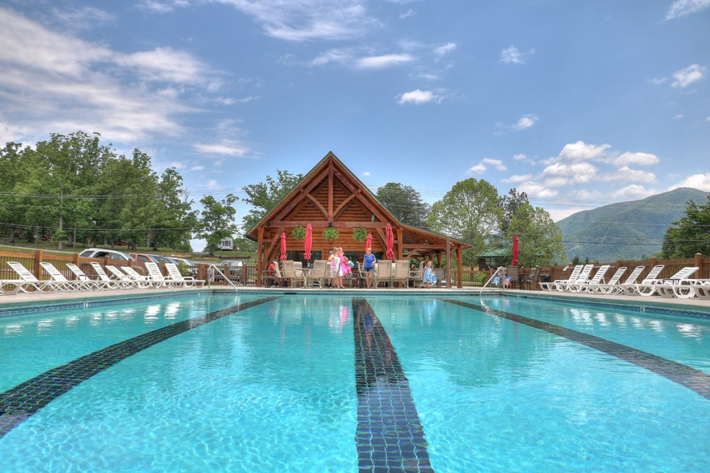 Photo of a Sevierville Cabin named Estate Of Relaxation - This is the seventy-first photo in the set.
