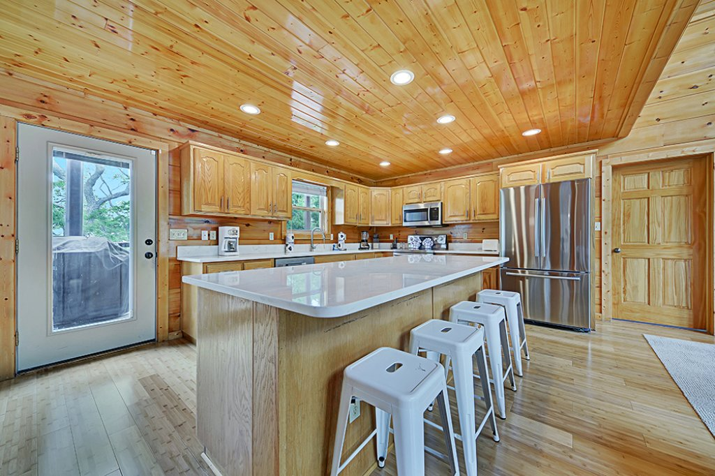Photo of a Sevierville Cabin named Wilderness Calls - This is the fourteenth photo in the set.