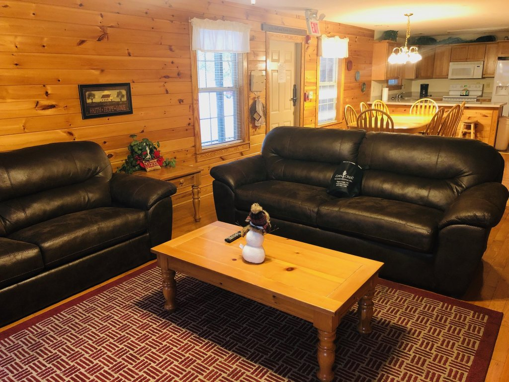 Photo of a Pigeon Forge Condo named Poplar Point Condo Unit 12d - This is the third photo in the set.