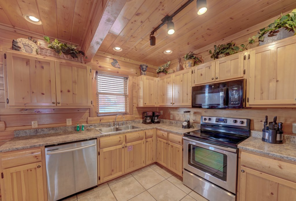 Photo of a Sevierville Cabin named Estate Of Relaxation - This is the forty-seventh photo in the set.