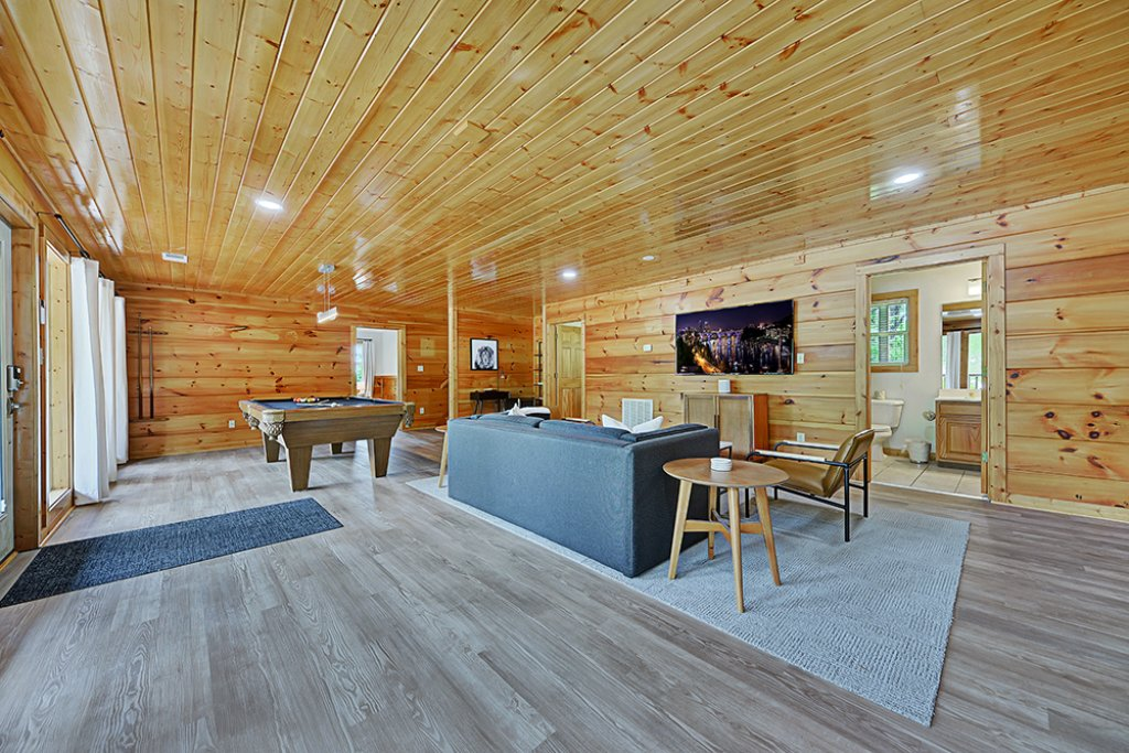 Photo of a Sevierville Cabin named Wilderness Calls - This is the ninth photo in the set.