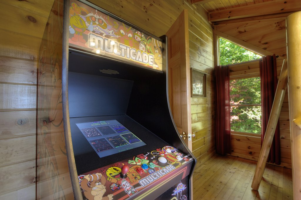 Photo of a Sevierville Cabin named Eagle's View #356 - This is the fifth photo in the set.