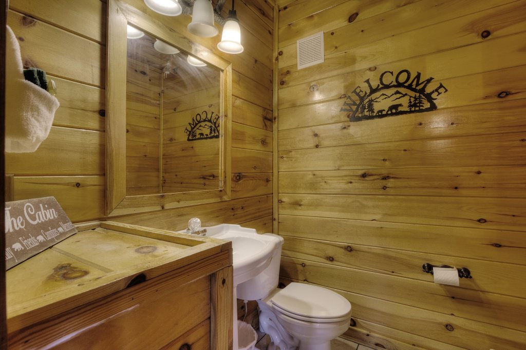 Photo of a Sevierville Cabin named Eagle's View #356 - This is the twenty-sixth photo in the set.