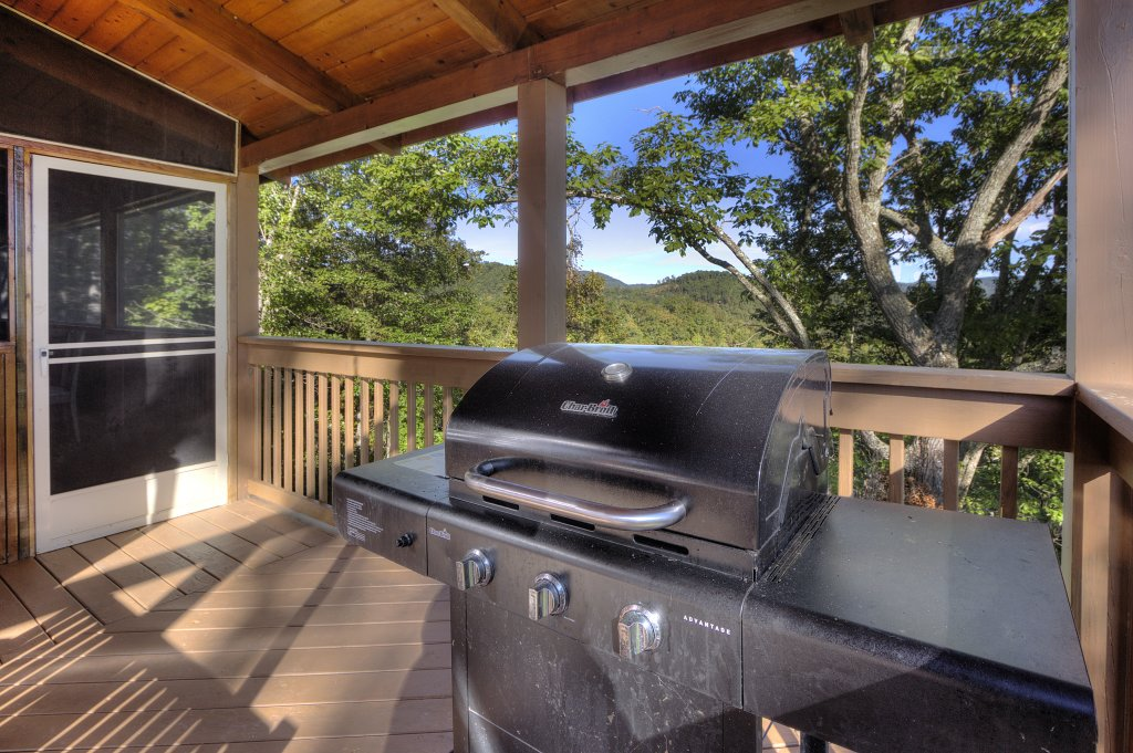 Photo of a Sevierville Cabin named Eagle's View #356 - This is the seventeenth photo in the set.