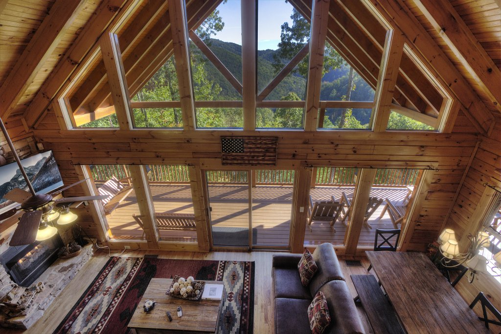 Photo of a Sevierville Cabin named Eagle's View #356 - This is the thirty-first photo in the set.