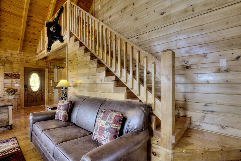 Photo of a Sevierville Cabin named Eagle's View #356 - This is the twenty-ninth photo in the set.