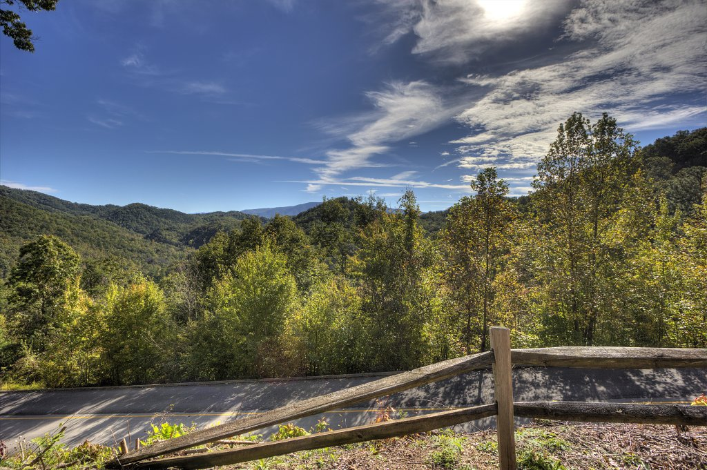Photo of a Sevierville Cabin named Eagle's View #356 - This is the forty-third photo in the set.