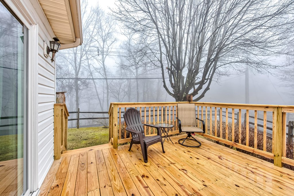 Photo of a Pigeon Forge Cabin named Mountain Vista Lodge - This is the third photo in the set.