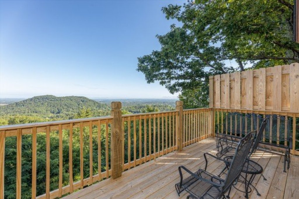 Photo of a Pigeon Forge Cabin named Cozy Mountain View - This is the fifteenth photo in the set.