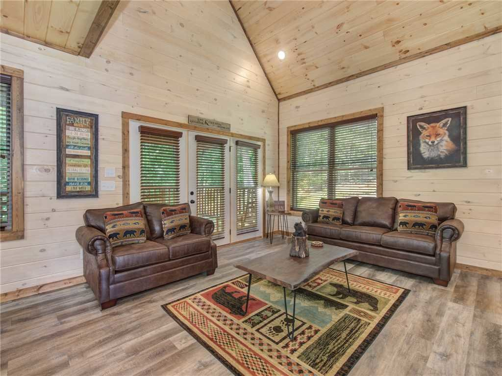 Photo of a Sevierville Cabin named Three Little Bears - This is the fifth photo in the set.