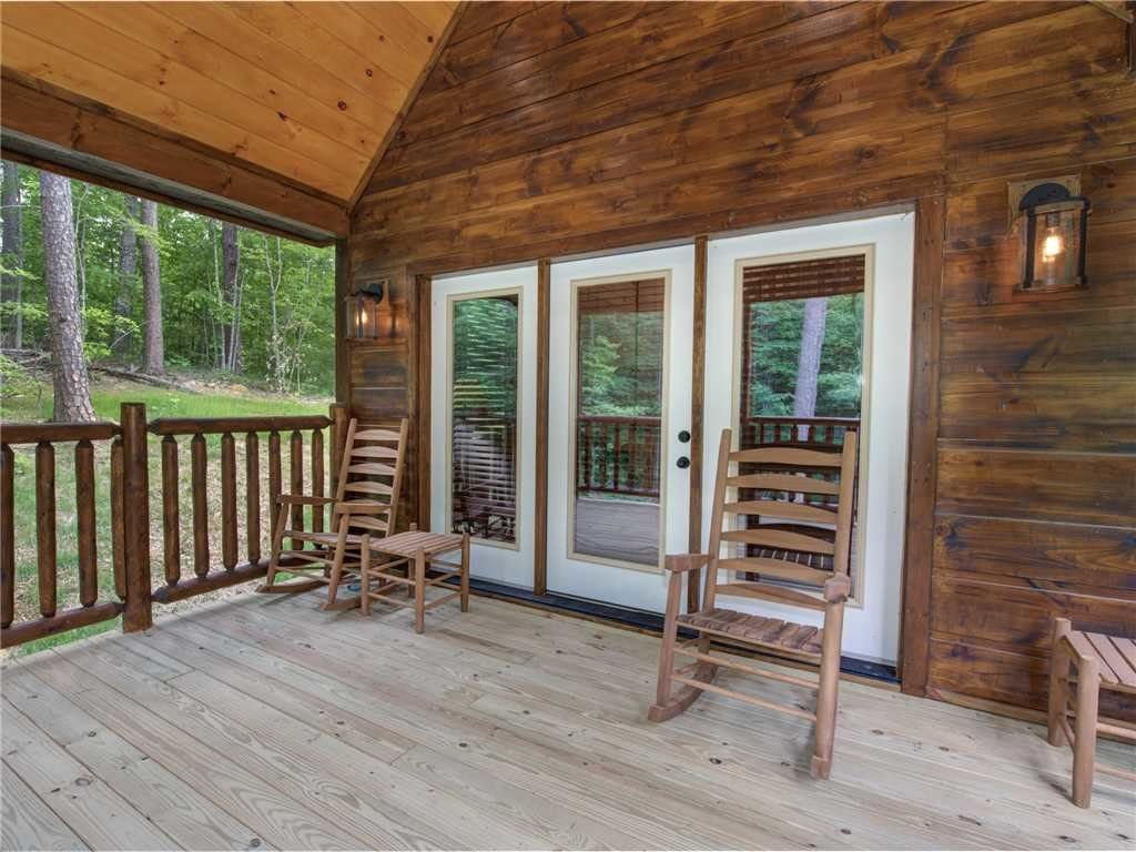 Photo of a Sevierville Cabin named Three Little Bears - This is the twenty-second photo in the set.