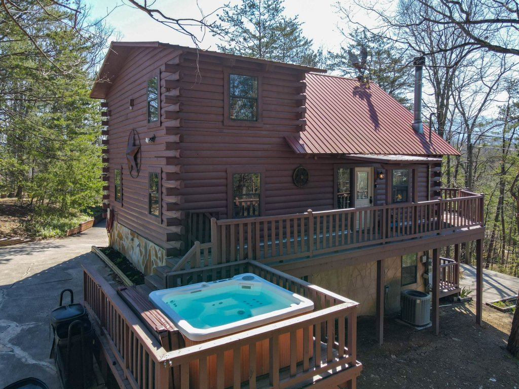 Photo of a Pigeon Forge Cabin named Misty Mountain - This is the eighteenth photo in the set.