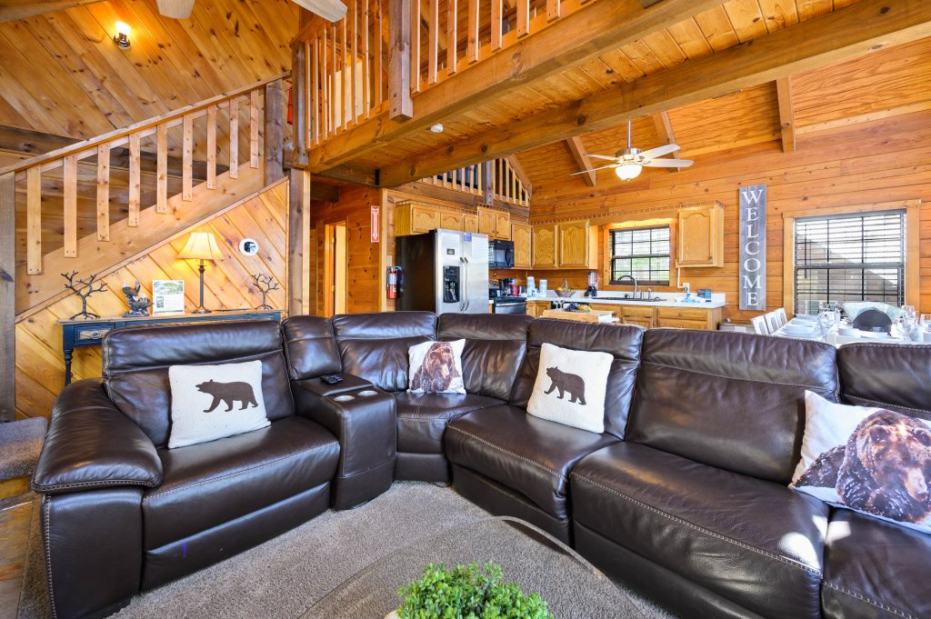 Photo of a Pigeon Forge Cabin named Misty Mountain - This is the fifty-third photo in the set.