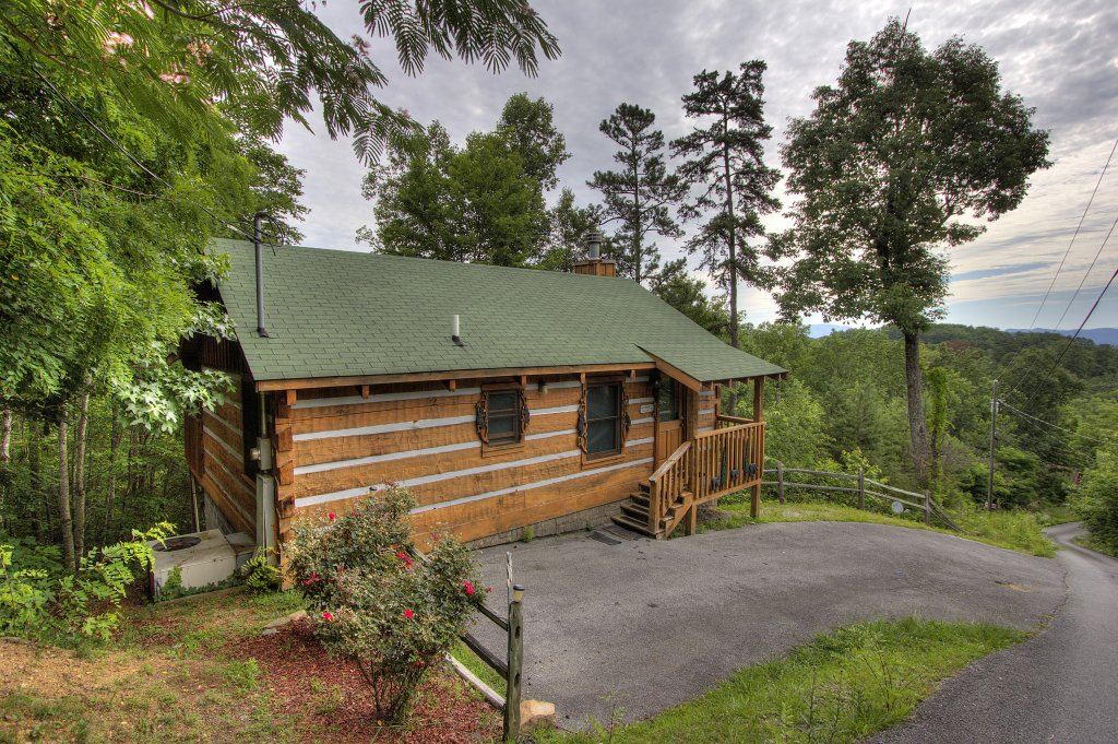 Photo of a Sevierville Cabin named Apple Bear View #116 - This is the twentieth photo in the set.