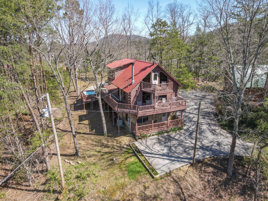 Photo of a Pigeon Forge Cabin named Misty Mountain - This is the seventy-second photo in the set.
