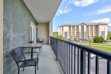 Dreaming In Pigeon Forge Mountain View 3304 - 2 Bedrooms, 2 Baths, Sleeps 6