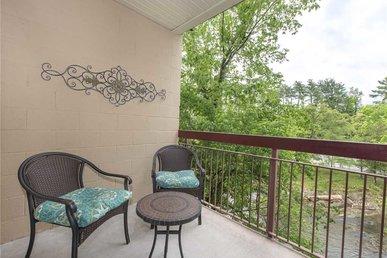 River Delight Cedar Lodge 202 - 2 Bedrooms, 2 Baths, Sleeps 6