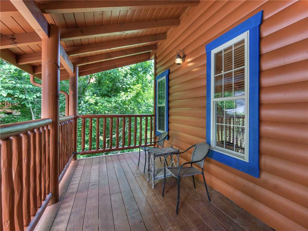 Photo of a Gatlinburg Cabin named Alexas Hideaway - This is the fifth photo in the set.