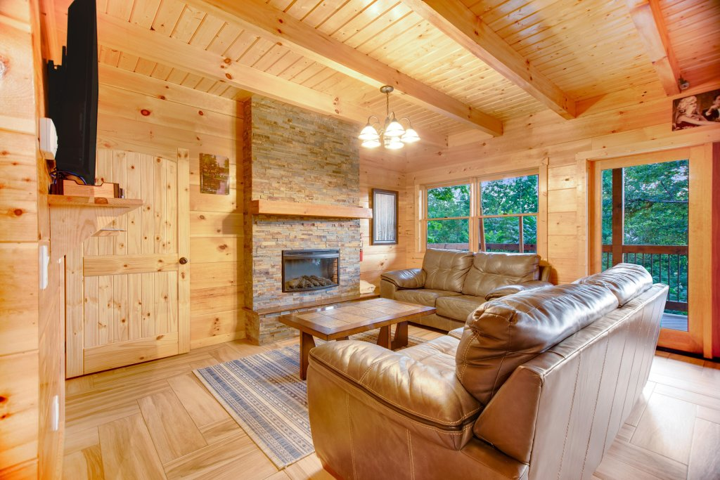 Photo of a Gatlinburg Cabin named Mountainside Escape - This is the fourth photo in the set.