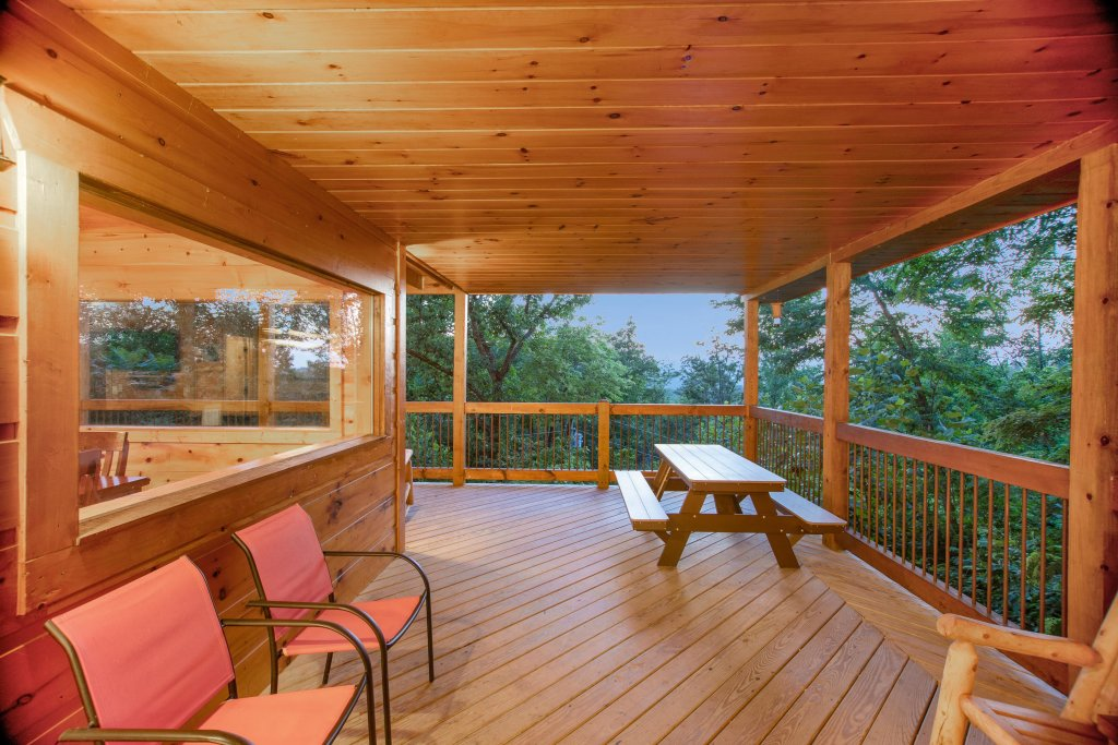 Photo of a Gatlinburg Cabin named Mountainside Escape - This is the twenty-seventh photo in the set.