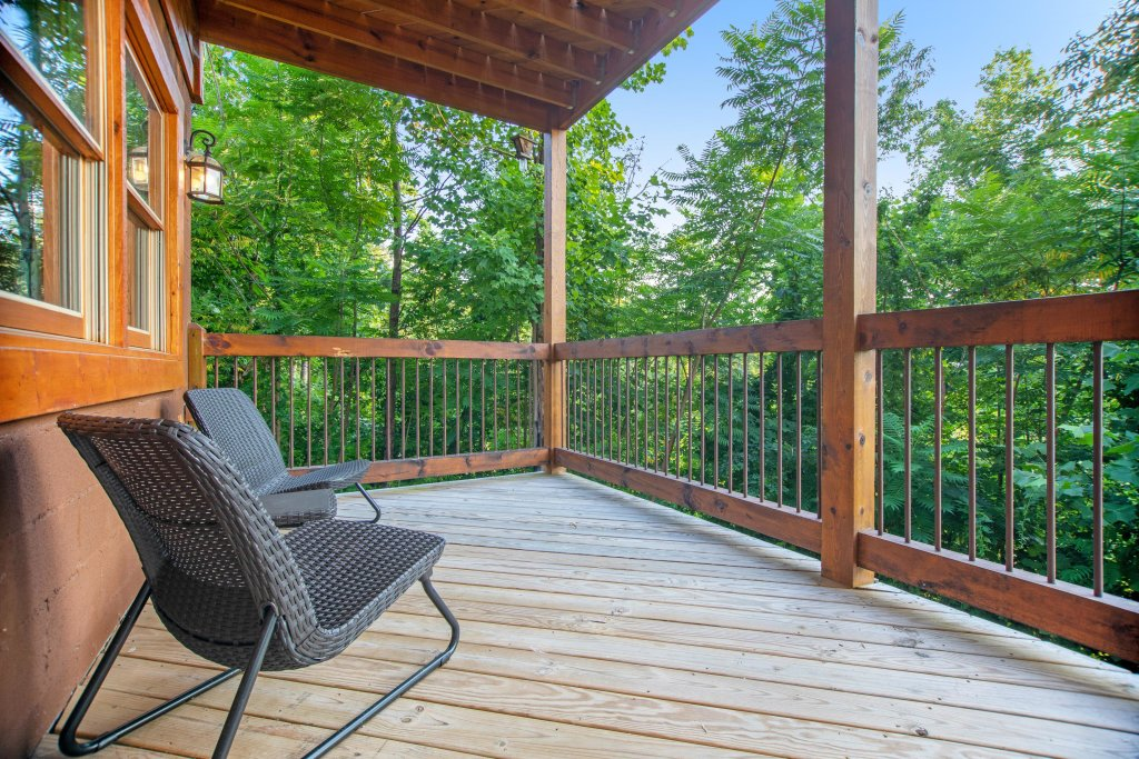 Photo of a Gatlinburg Cabin named Mountainside Escape - This is the thirtieth photo in the set.