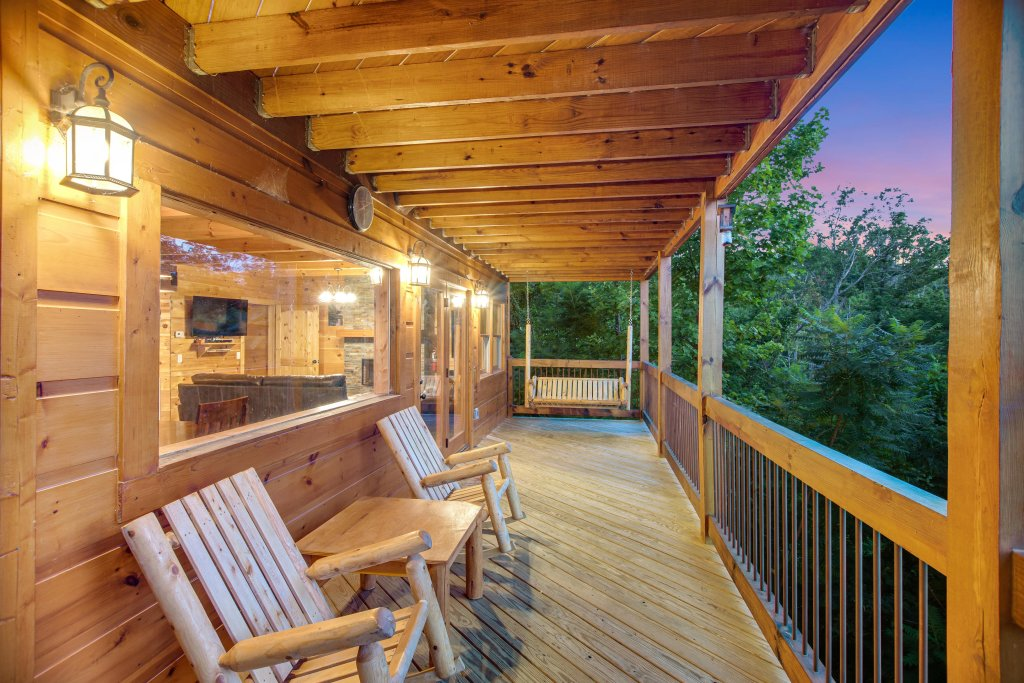 Photo of a Gatlinburg Cabin named Mountainside Escape - This is the twenty-eighth photo in the set.