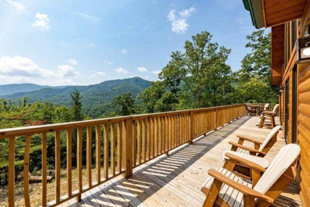 Photo of a Sevierville Cabin named J's Hideaway - This is the sixteenth photo in the set.