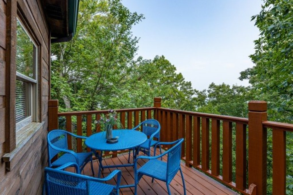 Photo of a Gatlinburg Cabin named Tip Top View - This is the seventh photo in the set.