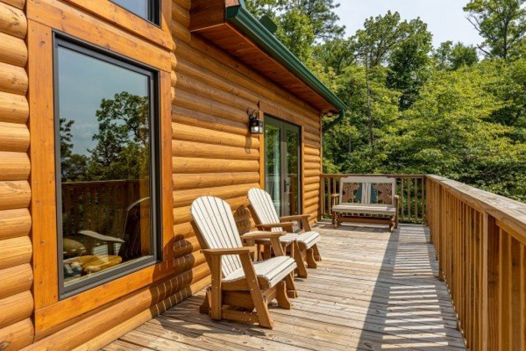 Photo of a Sevierville Cabin named J's Hideaway - This is the fifteenth photo in the set.