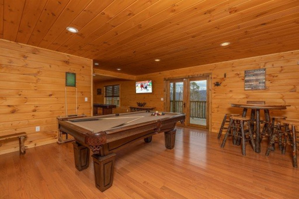 Photo of a Sevierville Cabin named J's Hideaway - This is the thirty-second photo in the set.