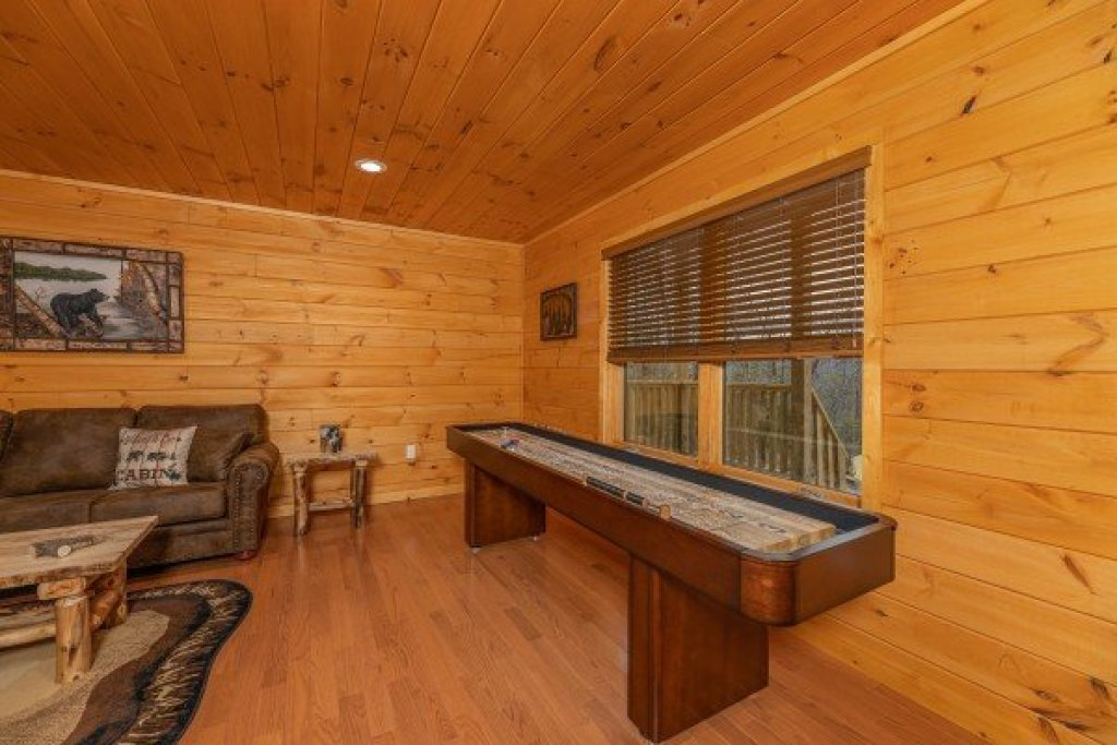Photo of a Sevierville Cabin named J's Hideaway - This is the thirty-third photo in the set.