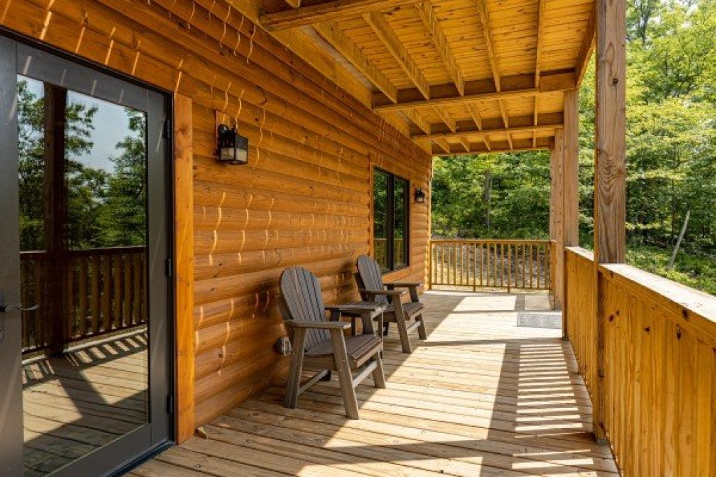 Photo of a Sevierville Cabin named J's Hideaway - This is the fortieth photo in the set.