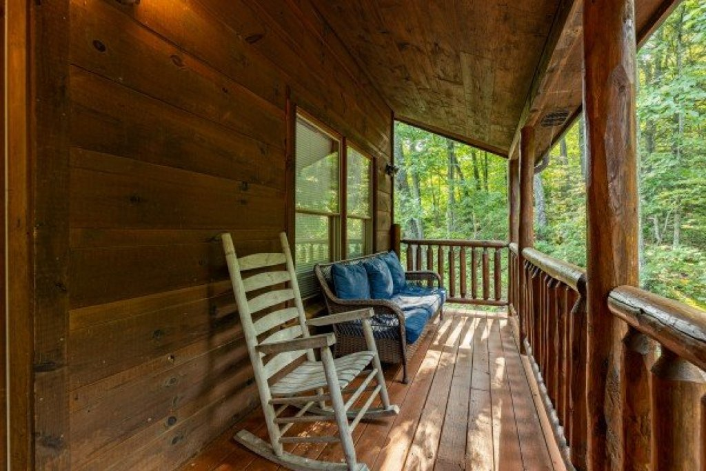 Photo of a Gatlinburg Cabin named Tip Top View - This is the thirtieth photo in the set.