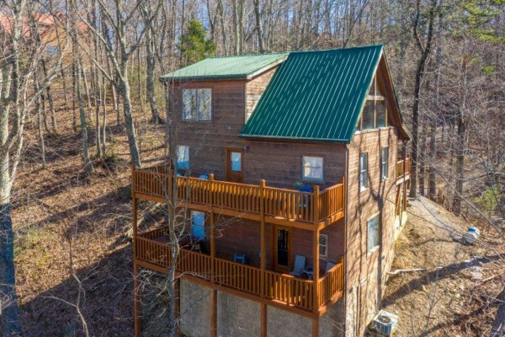 Photo of a Gatlinburg Cabin named Tip Top View - This is the thirty-first photo in the set.