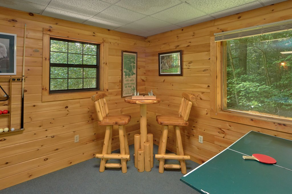 Photo of a Gatlinburg Cabin named Eagles Roost - This is the tenth photo in the set.