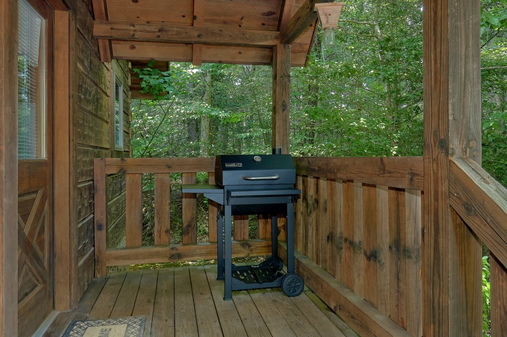 Photo of a Gatlinburg Cabin named Eagles Roost - This is the sixth photo in the set.