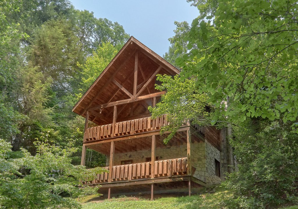 Photo of a Gatlinburg Cabin named Eagles Roost - This is the twenty-second photo in the set.