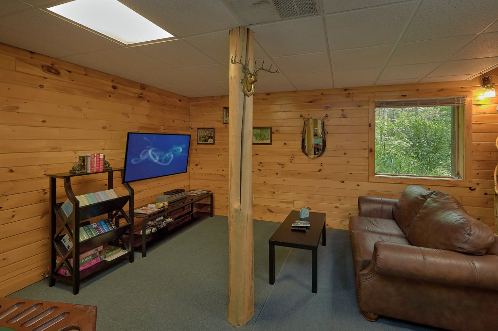 Photo of a Gatlinburg Cabin named Eagles Roost - This is the eleventh photo in the set.