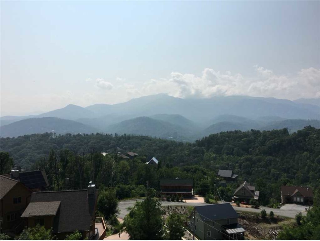 Photo of a Gatlinburg Cabin named Breathless Views - This is the third photo in the set.