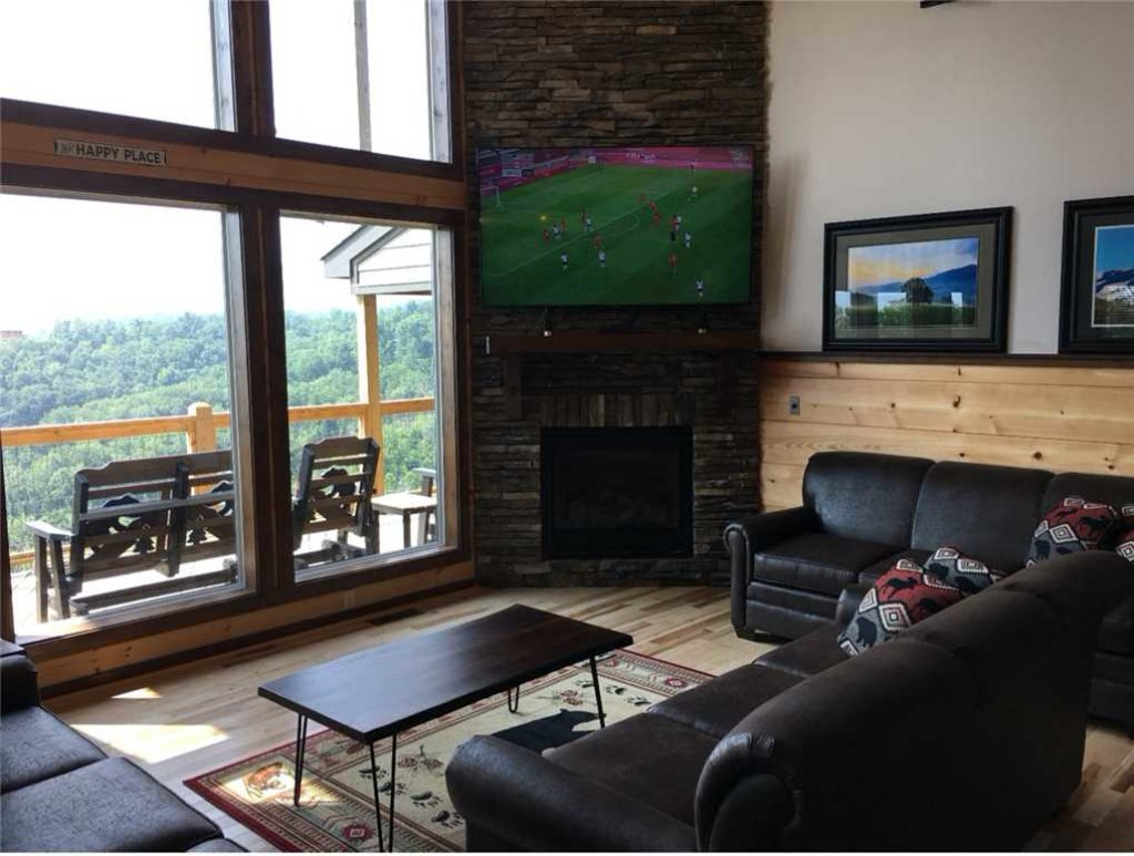 Photo of a Gatlinburg Cabin named Breathless Views - This is the fifth photo in the set.