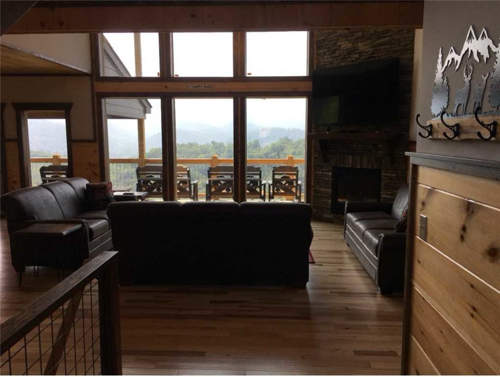 Photo of a Gatlinburg Cabin named Breathless Views - This is the ninth photo in the set.