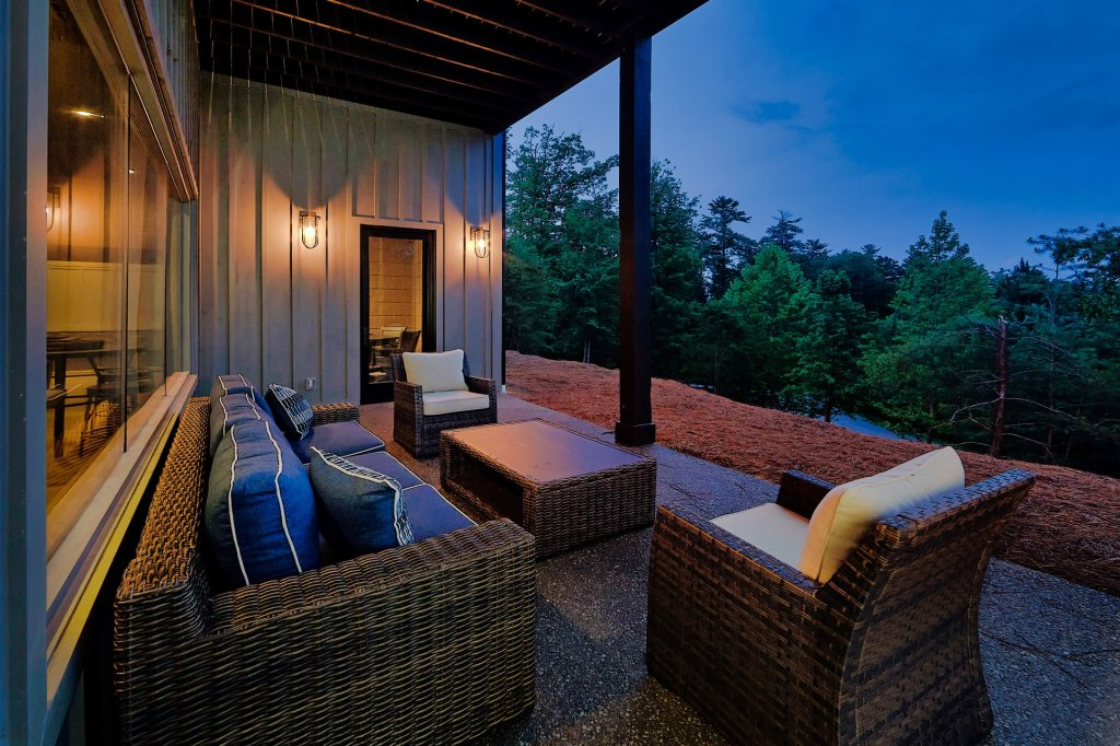 Photo of a Sevierville Cabin named Endless View - This is the eleventh photo in the set.