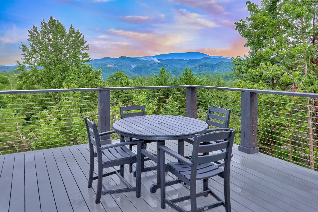 Photo of a Sevierville Cabin named Endless View - This is the tenth photo in the set.
