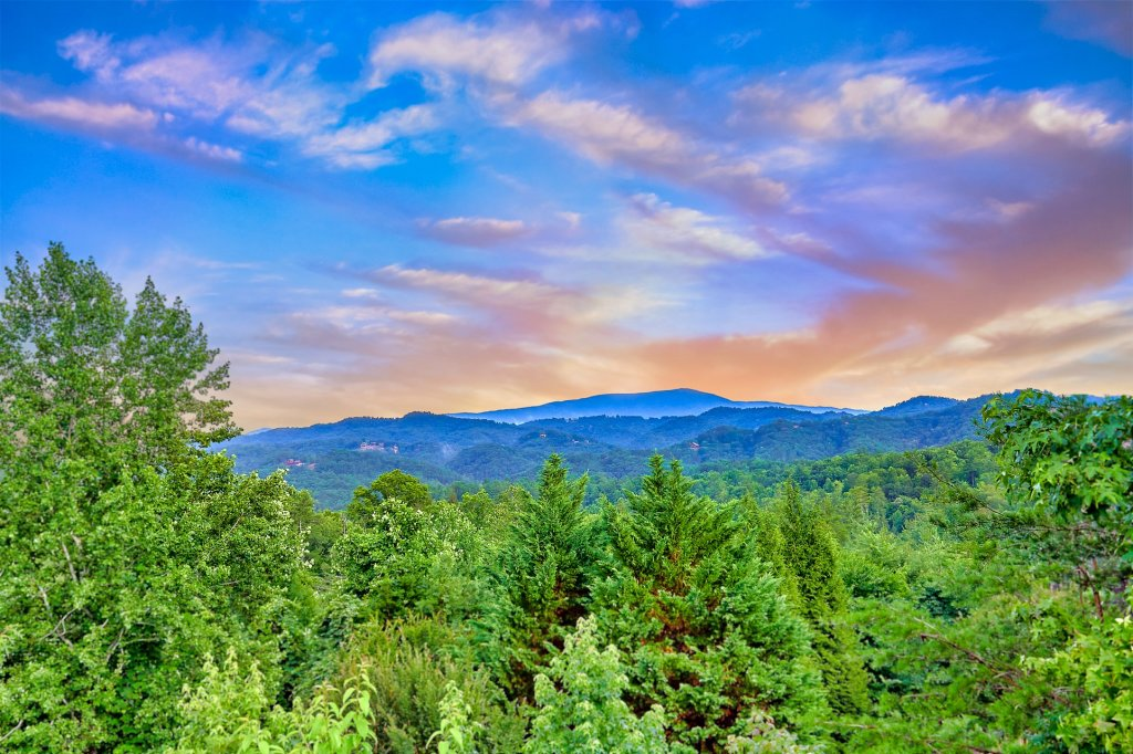 Photo of a Sevierville Cabin named Endless View - This is the eighth photo in the set.