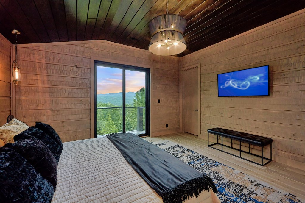 Photo of a Sevierville Cabin named Endless View - This is the forty-eighth photo in the set.