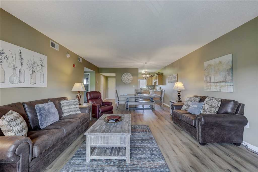 Photo of a Pigeon Forge Condo named Splendor At The Pines Whispering Pines 443 - This is the fifth photo in the set.