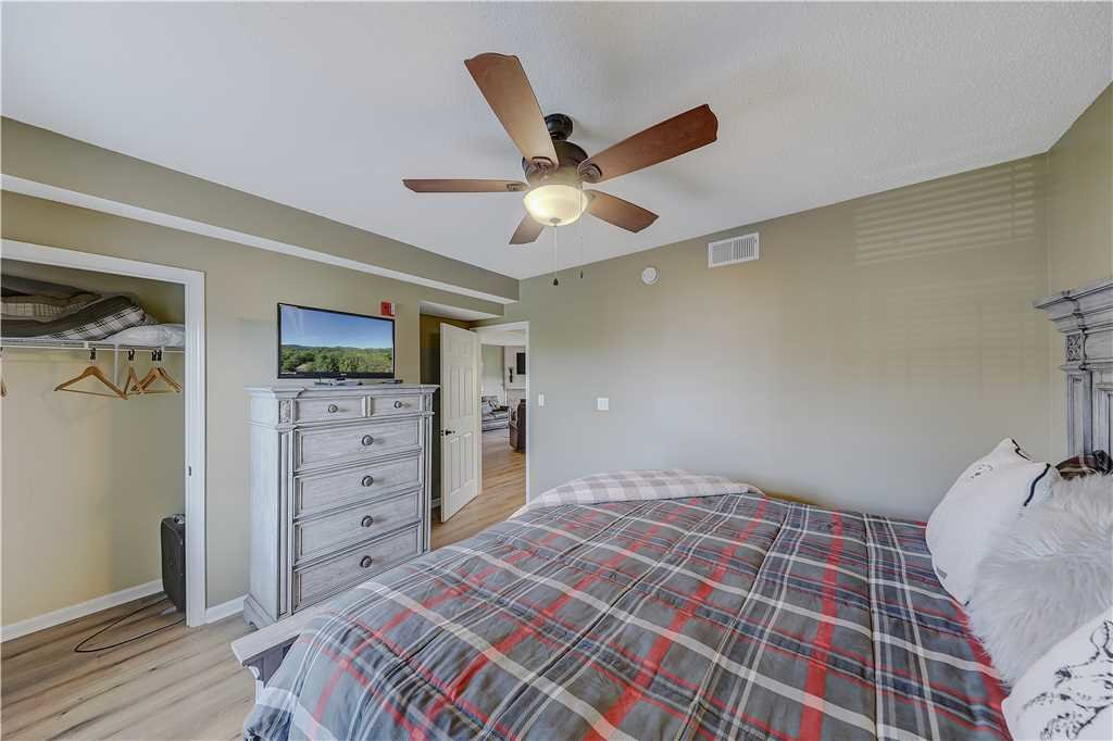 Photo of a Pigeon Forge Condo named Splendor At The Pines Whispering Pines 443 - This is the twentieth photo in the set.
