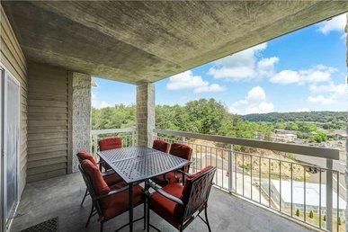 Smoky Mountain Fun Whispering Pines 133 - 2 Bedrooms, 2 Baths, Sleeps 6